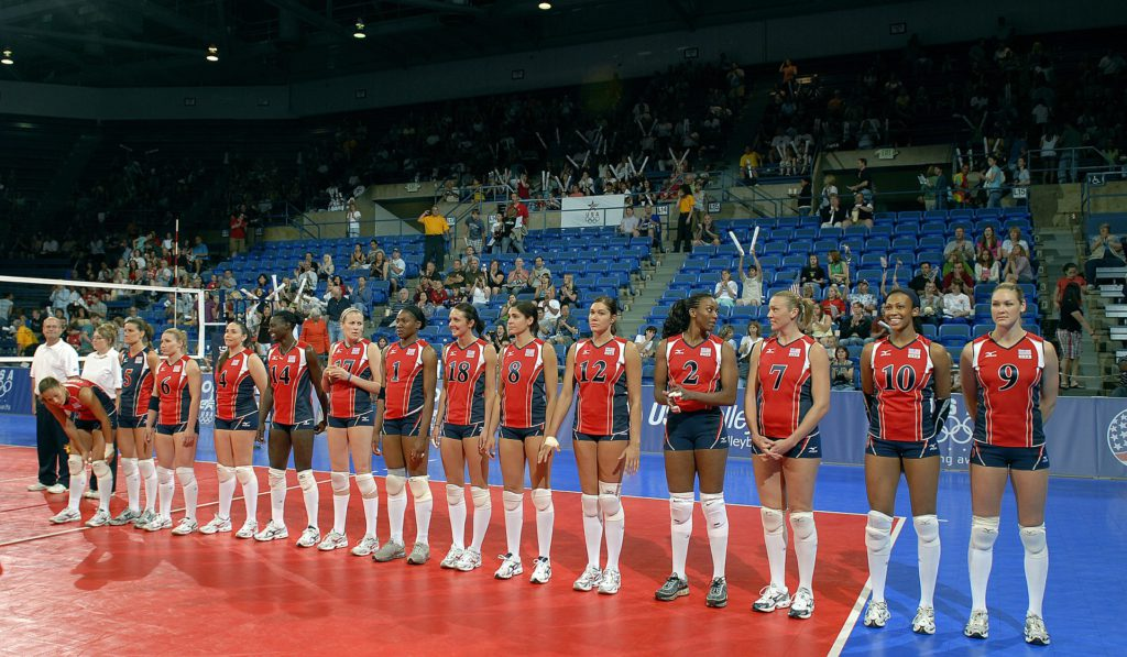 volleyball-team-559275_1920-2