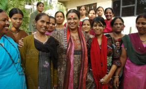 New Delhi, 16/11/2010: Social Activist Ranjana Kumar (mid) along with her team in New Delhi on 16, November, 2010. Photo: S_Subramanium